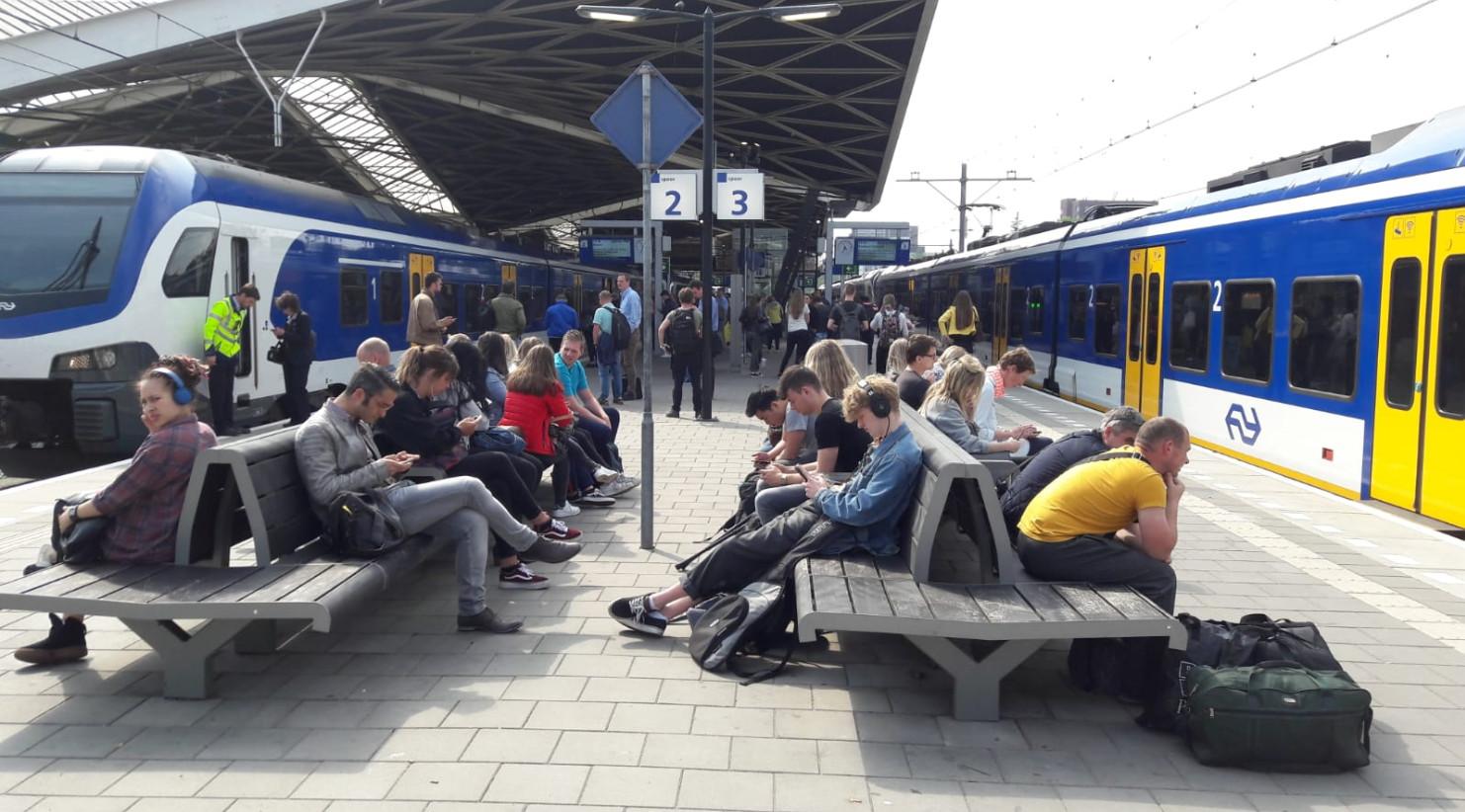 Minder treinen vanaf Tilburg.