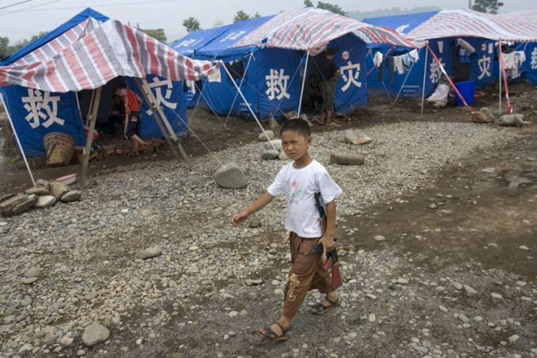 Vijf miljoen Chinezen moeten na de aardbeving een nieuw bestaan opbouwen. Foto GPD/AP/Ng Han Guan Beeld