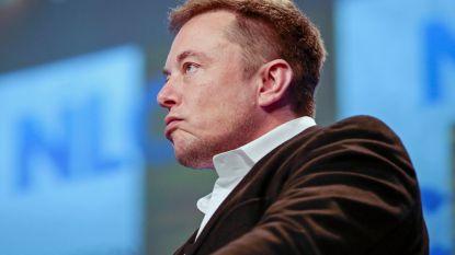 """Elon Musk: """"Tesla stond begin dit jaar op rand van faillissement"""""""