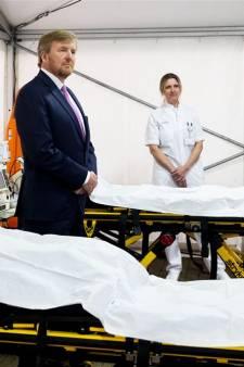 Koning verrast Isala Ziekenhuis in Zwolle met bezoek
