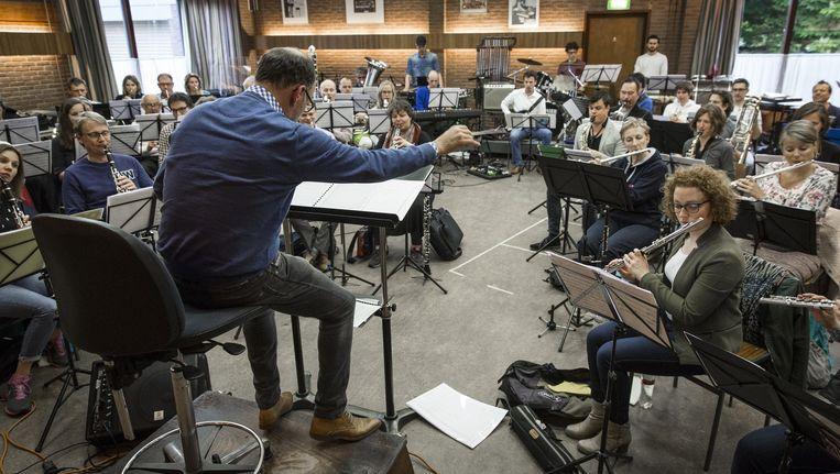 Generale repetitie van de Amsterdamse Tramharmonie Beeld Dingena Mol