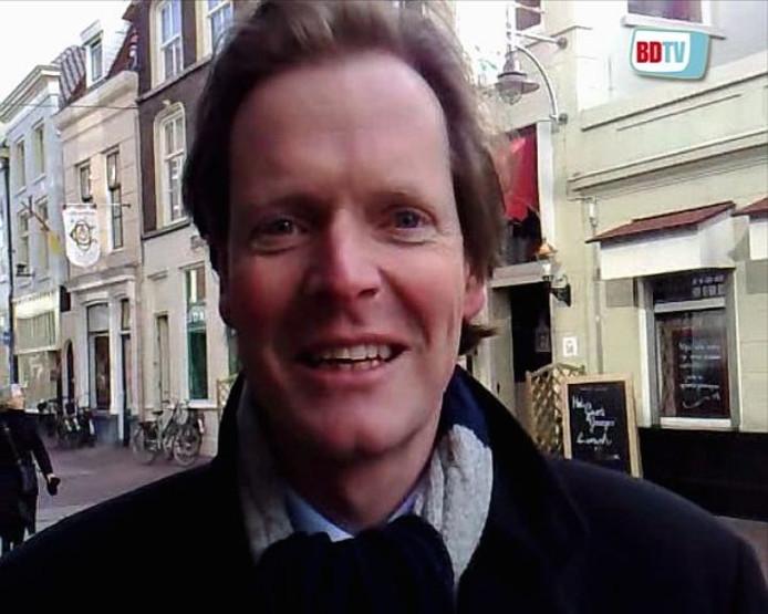 De Vughtse wethouder Willem Kraanen (CDA, verkeer) kwam naar Den Bosch om het nieuwe contract te tekenen, samen met zijn collega's van de andere zes gemeenten. Foto Ron Magné\BD