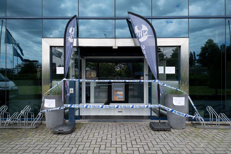 Fitness NRG in Lier werd verzegeld na waterschade.