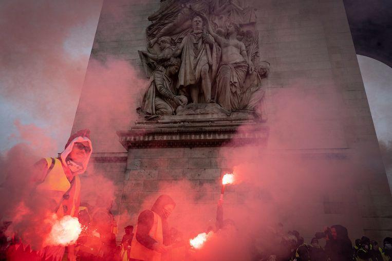 Gele hesjesprotest in Parijs. Beeld Getty Images