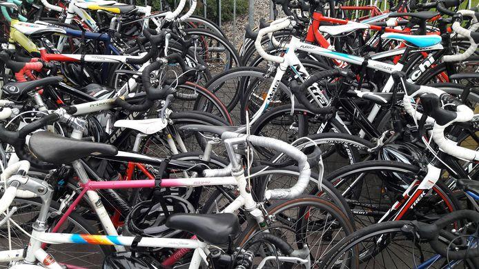 Schalkwijk is tussen 8 en 16 juli in de ban van de fiets. Na de finish worden alle rijwielen tijdelijk gestald. De rennertjes kunnen dan even op adem komen.
