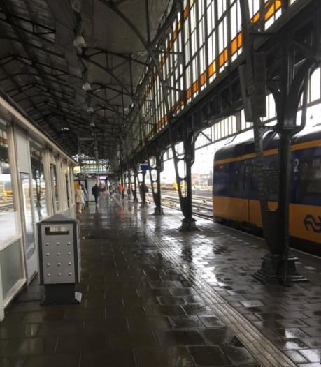 Perrondak station Hengelo eventjes zo lek als een mandje