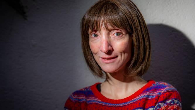 Delphine Lecompte leest via livestream voor uit poëzie: Zoerselaar kan genieten van haar gedichten
