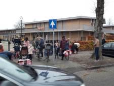 'Kiss and ride' staat in Moergestel in de wacht: dorpsraad kaart verkeersdruk bij scholen aan