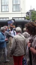 Promotie voor Enschede in de drukke winkelstraten van Winterswijks.