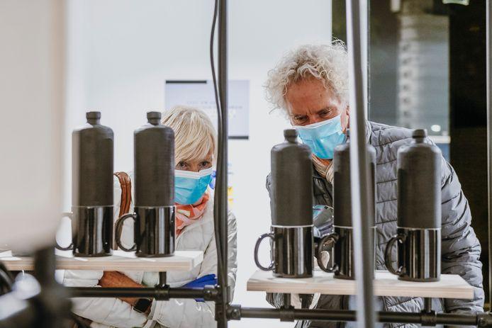 Het Jenevermuseum pakte afgelopen september nog uit met een nieuwe tentoonstelling vol jenevergedichten, tot de deuren opnieuw dicht moesten.