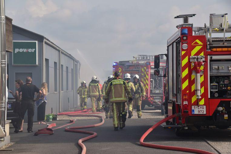 De brand, die gepaard ging met een grote rookontwikkeling, was snel onder controle.