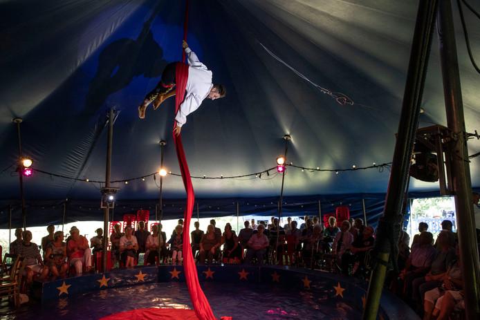 Circus bij zorgcentrum Rivierenhof in Helmond