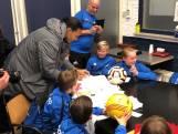 Virgil van Dijk brengt bezoek aan voetbalclub SV Reeshof