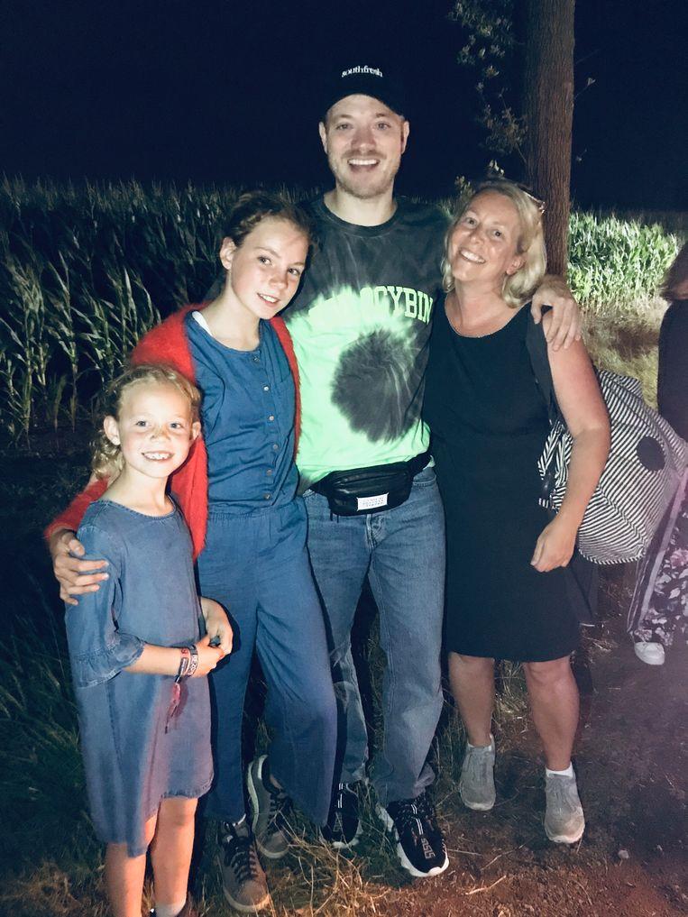 Een nachtelijke foto met Gers Pardoel, enkel op camping Rijvers.