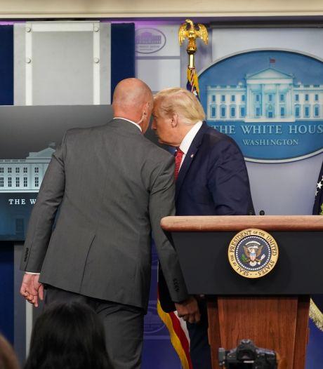 Trump onderbreekt abrupt persconferentie na schoten bij Witte Huis
