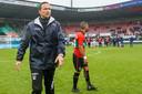 Pepijn Lijnders als coach van NEC na de nederlaag tegen FC Emmen in de play-offs.