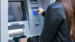 Franse bankautomaat speelt sinterklaas en keert meer geld uit dan gevraagd
