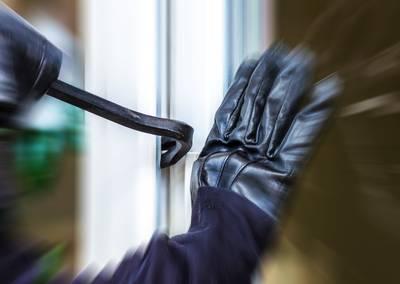 Inbreker op heterdaad betrapt aan de Liniestraat in Breda