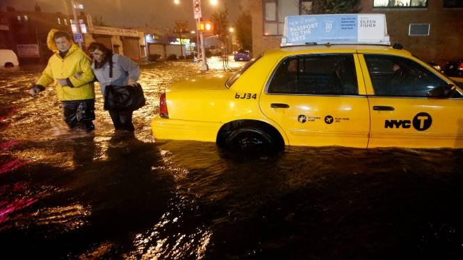Superstorm Sandy treft New York en VS nog erger dan gevreesd