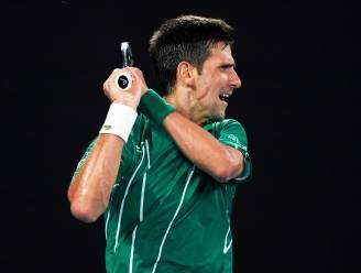 Djokovic stoot door naar z'n achtste finale in Melbourne, Federer buigt het hoofd in drie sets