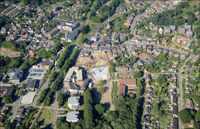 De gapende bouwput in Groesbeek-centrum. Foto: Theo Peeters
