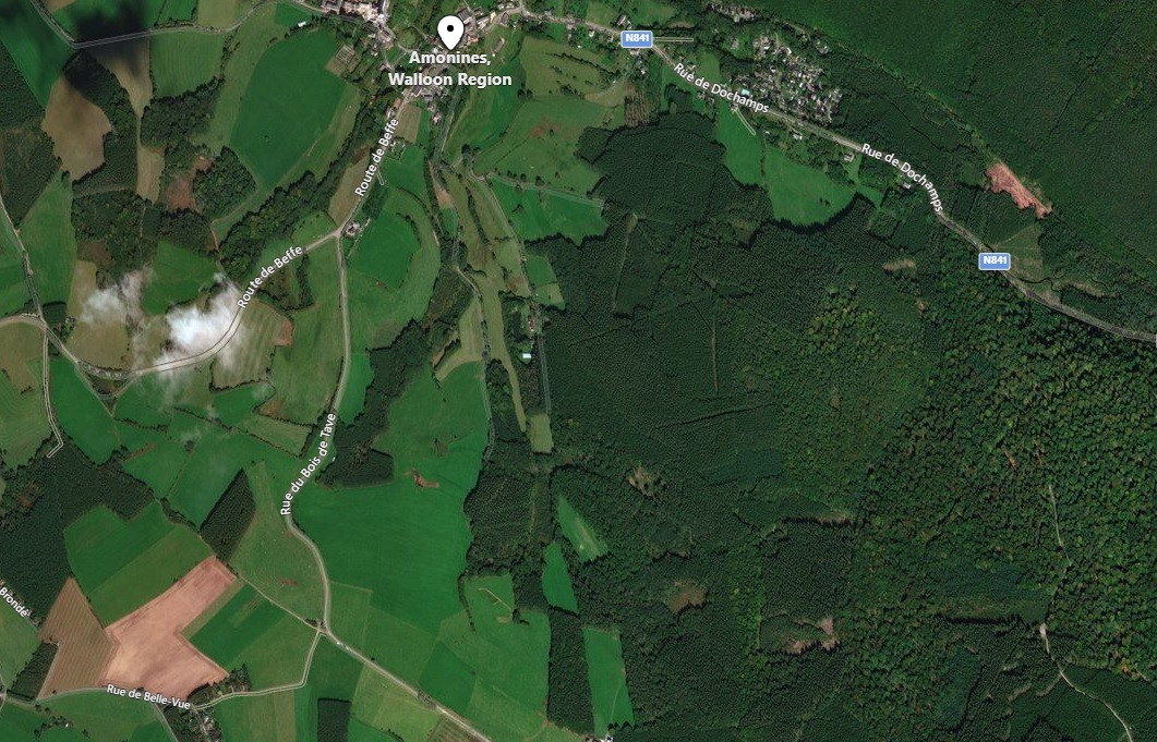 Le cadavre a été retrouvé jeudi soir dans le village d'Amonines