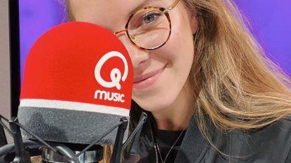 Bab Buelens debuteert als presentatrice bij Qmusic