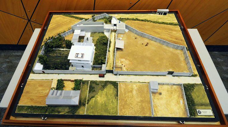 Een schaalmodel van het gebouw waar Osama bin Laden zich schuilhield.