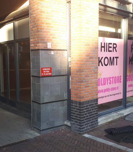 Winkels wisselen elkaar af rondom de Plechelmus in Oldenzaal