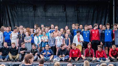 Sporters gehuldigd tijdens kampioenenviering