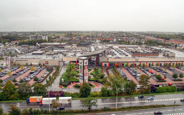 Het Waasland Shopping Center.