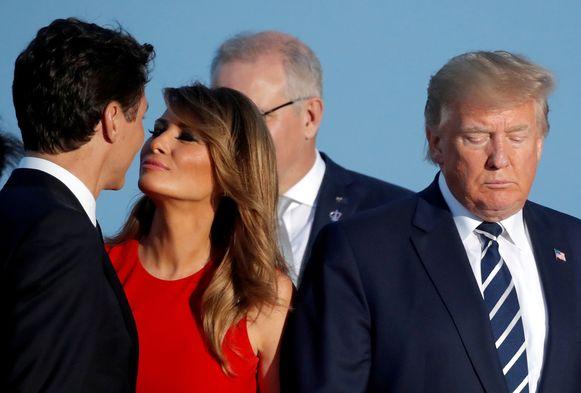 Justin Trudeau begroet Melania Trump op de G7-top in Biarritz vorig jaar in de zomer.