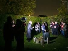 Lichtjestocht op begraafplaats Munsel in Boxtel