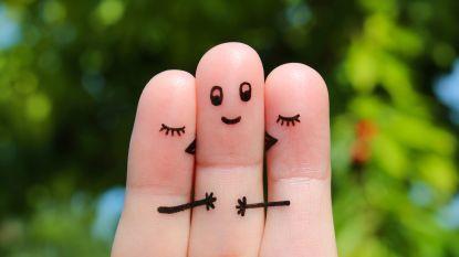 Hoe het komt dat mensen met meerdere partners nooit jaloers zijn