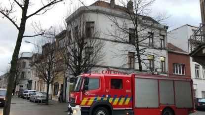 35-jarige man in levensgevaar na brand op Stuivenbergplein