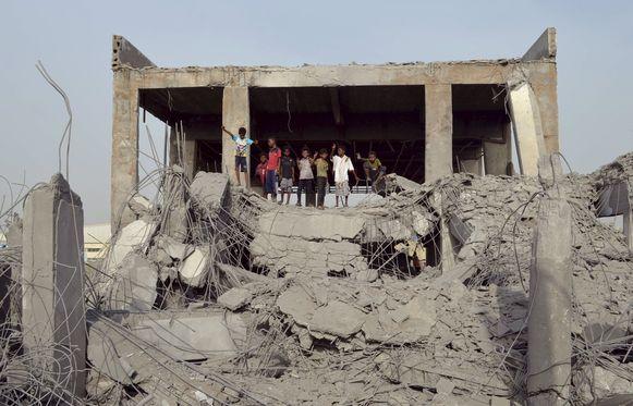 Vernielde gebouwen na luchtaanvallen onder leiding van Saoedi-Arabië.