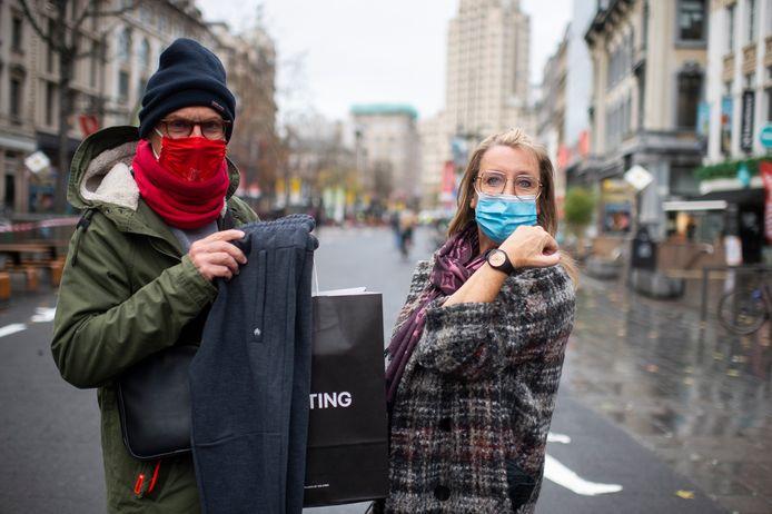 Eddy en Sandy Foelgner kochten een joggingbroek en een horloge.