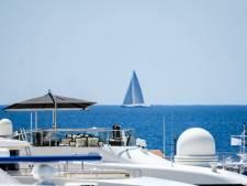 À Cannes, les stars se prélassent sur leurs yachts sans penser à l'horreur qu'elles provoquent