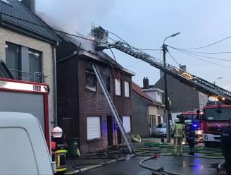 Heldendaad: buurman redt slapend gezin uit brandend huis in Liedekerke