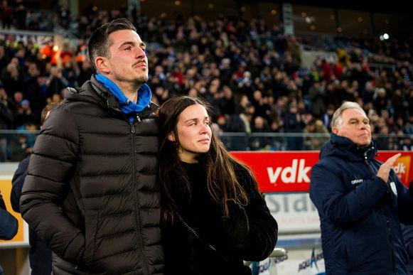 Yannick Thoelen en Kim Vandoninck kregen heel wat steun van de fans van AA Gent (de toenmalige club van Thoelen, red.) nadat ze begin dit jaar hun dochtertje verloren.