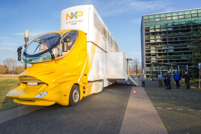 Anderhalf jaar geleden sloot NXP de overname van Freescale af. Bij die gelegenheid werd deze truck ingezet om toepassingen van NXP te demonstreren. © Jurriaan Balke