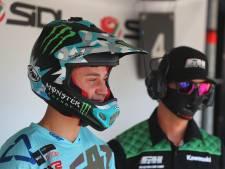 Voor motorcrosser Roan van de Moosdijk is het een kleine stap van de operatietafel naar het podium
