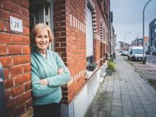 """Bewoners Peter Benoitlaan krijgen grote sommen voor stukje trottoir: """"Meer dan 25.000 euro voor nutteloze lap gras"""""""