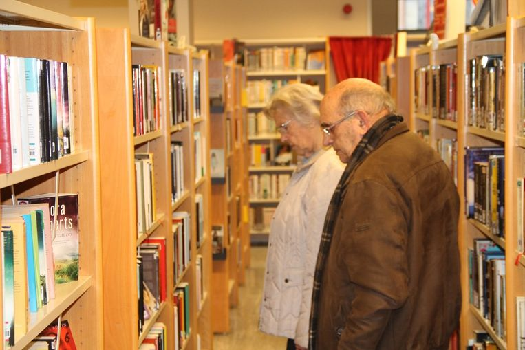 Boeken kunnen voorlopig alleen online besteld worden.