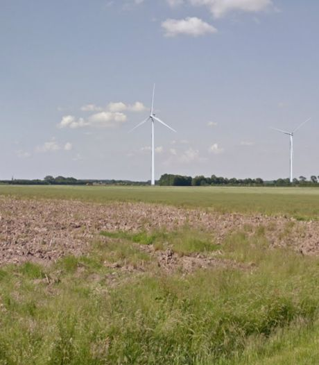 Eerste paal voor omstreden windpark Bijvanck de grond in