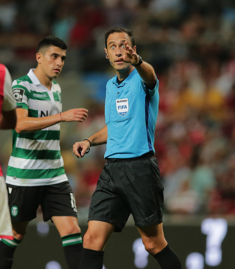 Portugese arbiter leidt Derby der Lage Landen
