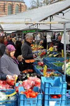 Zakkenrollers plunderen rekening Leerdamse oudere vrouw tijdens markt