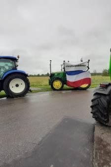 Boerenprotest in Kamperland, minister Schouten breekt werkbezoek aan Zeeland af