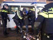 Controle scooterrijders leidt tot arrestatie wegens witwassen en wapenbezit