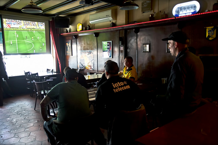 NAC kijken in het café, dat wordt dit seizoen een stuk lastiger.